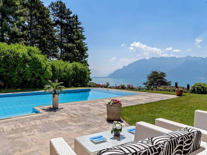 Superb luxury property with stunning view in Chexbres
