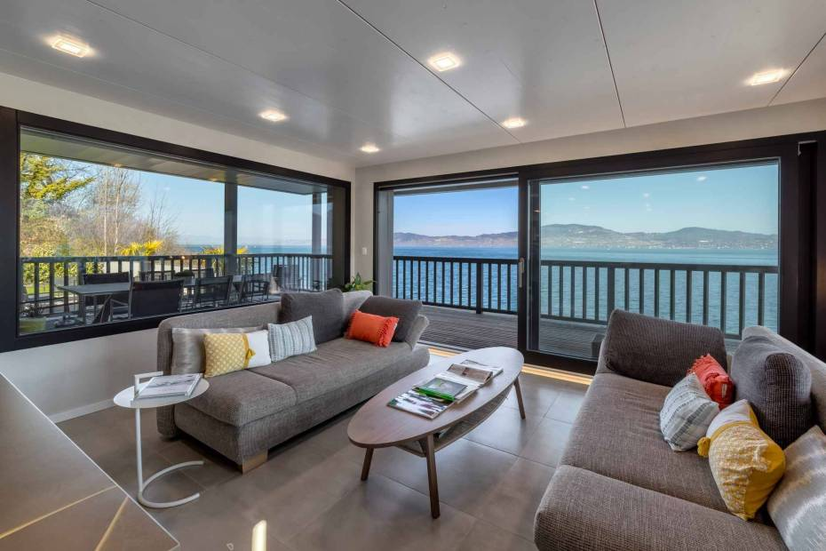 Rare waterfront house – 6.5 rooms